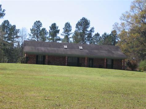 county 4 corner properties