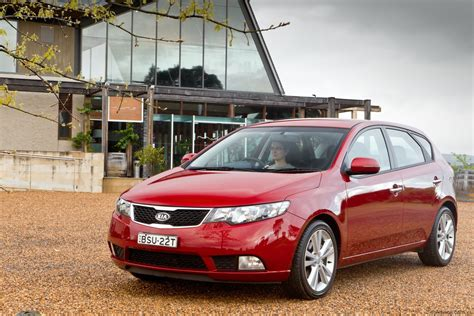 Kia Cerato Hatch Back Kia Cerato Hatch Review Caradvice