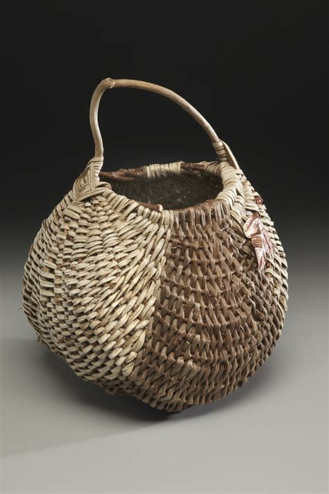And Handmade - file handmade basket kudzu jpg
