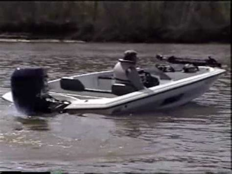 fast bass boat videos bullet bass boat very fast youtube