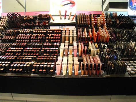 Shop Singapore Lipstick traciethediva shopping guide sephora in singapore