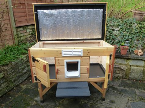 Wooden outdoor cat house shelter for up to 2 cats quality build vgc ebay cat garden
