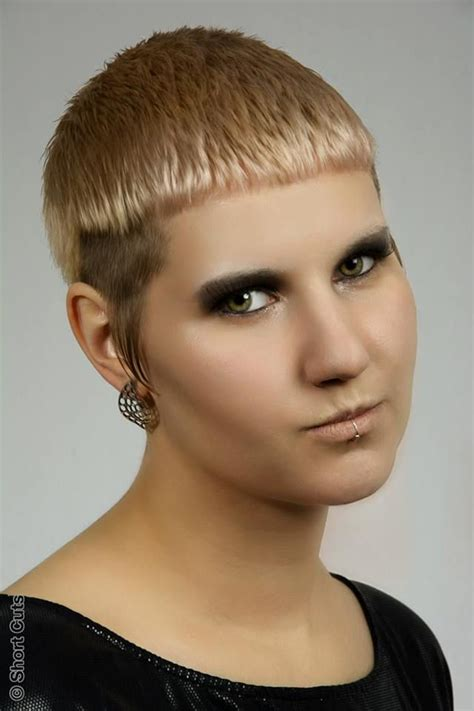 women getting extreme haircuts 194 best images about short and extreme haircuts for women