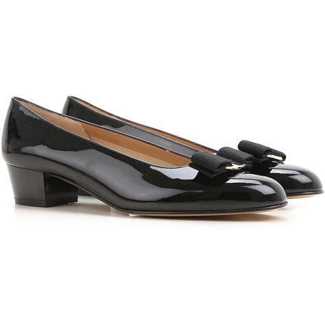 salvatore ferragamo womens shoes womens shoes salvatore ferragamo style code 574572 vara