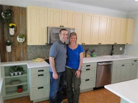 kitchen crashers oak park couple gets kitchen makeover from diy network s