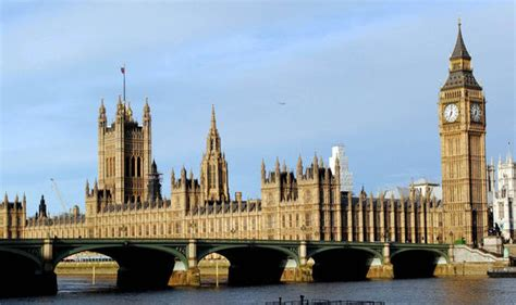 houses of parliament tourist information uk historian insists that the big ben must be restored no