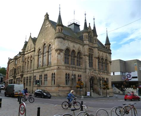 houses to buy inverness inverness the town house town hall 169 dr neil clifton cc by sa 2 0 geograph