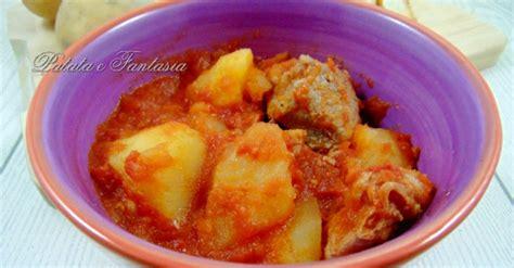 cucinare spezzatino con patate spezzatino in umido con patate patata e fantasia
