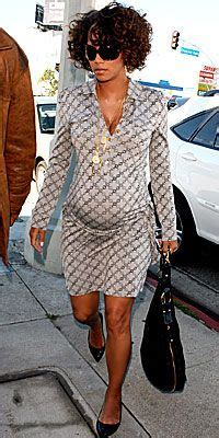celebrity pregnant styles 1000 images about celebrity style on pinterest halle
