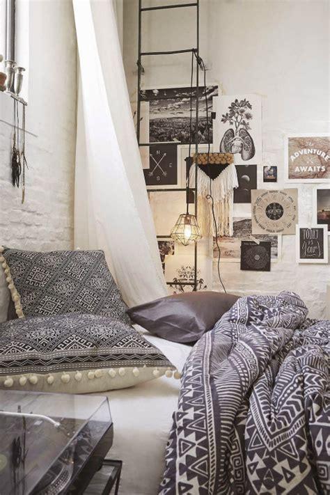 boho bedroom ideas 31 bohemian bedroom ideas decoholic