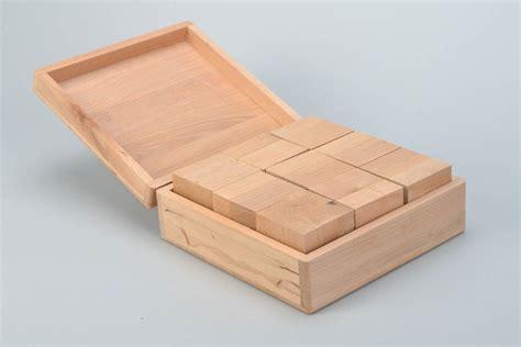bo 238 te en bois brut avec cubes jouet pour enfant 224 d 233 corer
