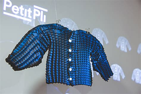 Origami Clothing Brand - petit pli clothes that grow with your kid petit small