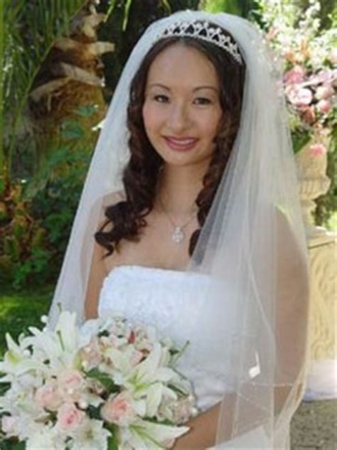 Wedding Hairstyles Tiara And Veil by Asian Wedding Hairstyle With Veil And Tiara Jpg