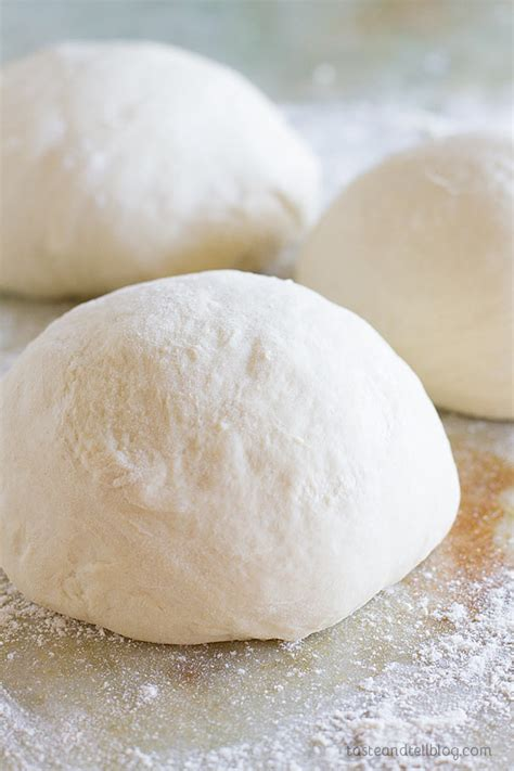 Handmade Pizza Dough Recipe - the best pizza dough recipe taste and tell