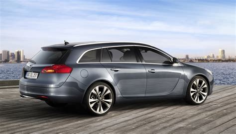 opel insignia sports tourer opel insignia sports tourer the new wagon in elegant