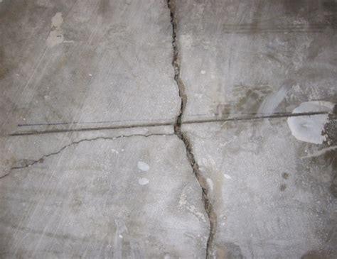 Floor crack repair: 20 feet of concrete floor cracks