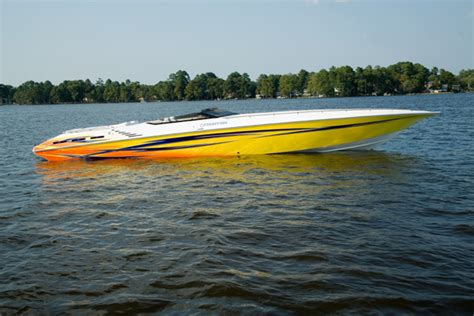 fountain speed boat research fountain boats 42 executioner high performance