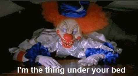 clown under bed creepy scary clown clowns scary pinterest