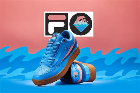 Sepatu Fila Terbaru Warna Pink kolaborasi fila x pink dolphin capsule collection siap