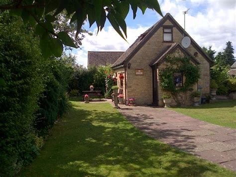 Stable Cottage Cotswolds by Cotswold Cottages Stable Cottage Chadlington Sleeps 2 4