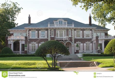 style mansions large colonial style house royalty free stock photos