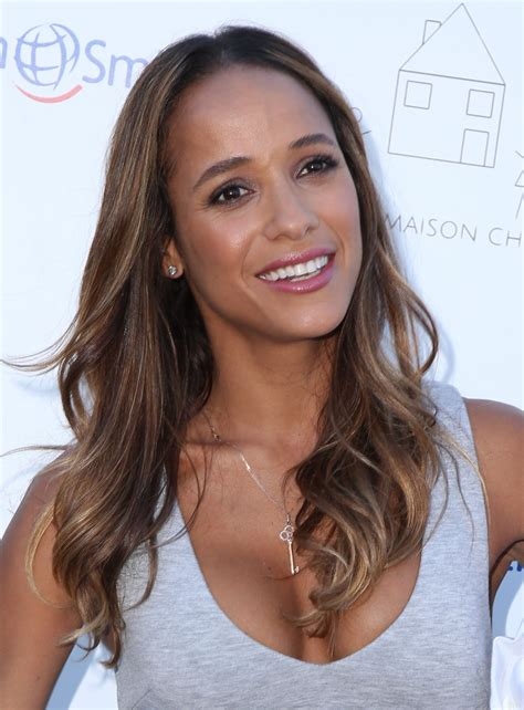 beverly show dania ramirez petit maison chic fashion show in beverly november 2015