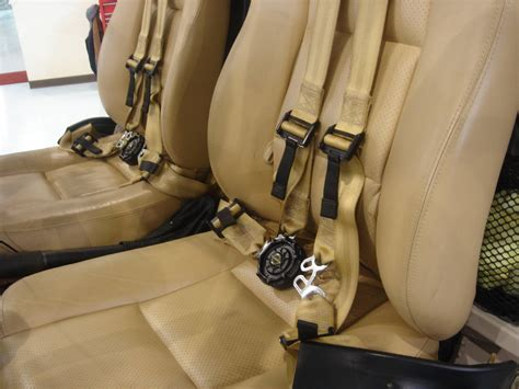 aviation safety seat belts safety why is the seat belt mechanism on airplanes so