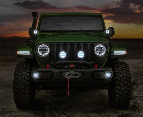 jeep accessories enhance your 2018 four door jeep wrangler rubicon with
