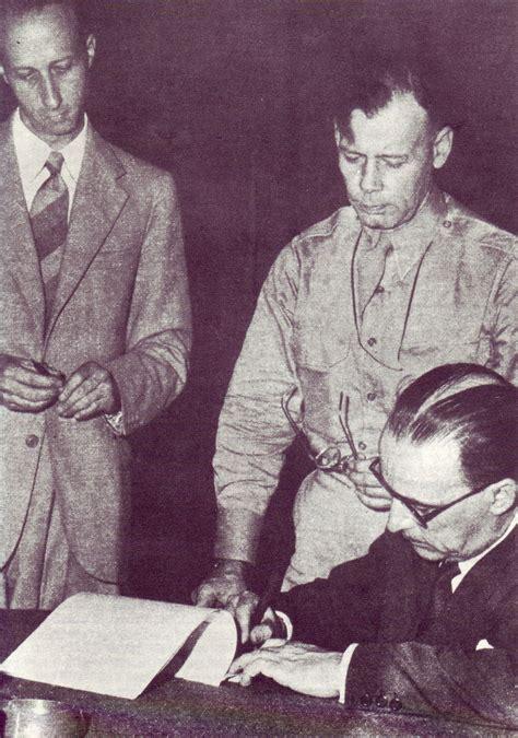 conto giovani banco di napoli file il generale castellano firma l armistizio per conto