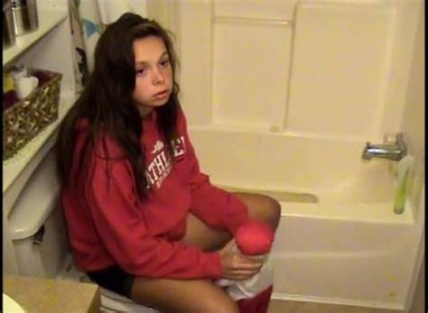 14 year old girl gives birth in bathroom 14 year old girl gives birth in bathroom 28 images