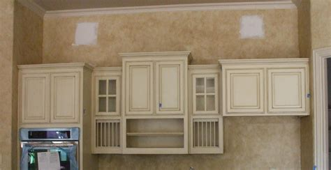 Cabinet Faux Finish by Cabinet Finishes And Glaze Colors Glazed Cabinets And