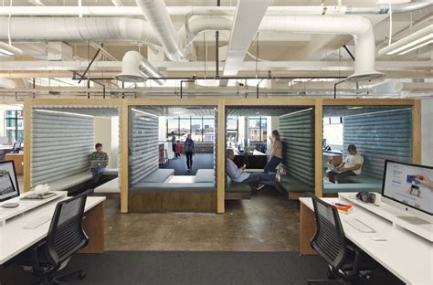 Office San Francisco by Done Deal Yahoo Finalizes Big Lease At Chronicle