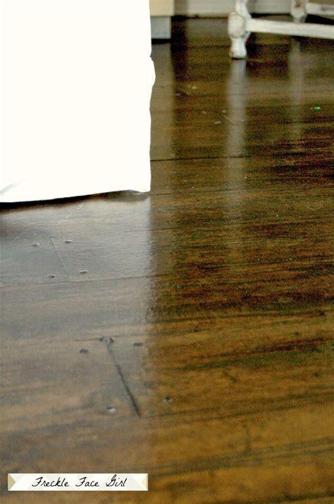 Paper Floor L by Remodelaholic Faux Wood Plank Floors Using Brown Paper