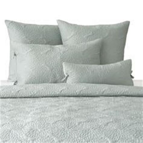Dkny Chrysanthemum Quilt by Bed Bath Beyond Chrysanthemum Aqua Quilt By Dkny