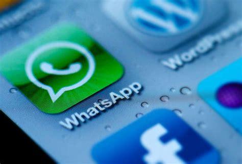 cadenas de whatsapp que asustan muestra tus modales en whatsapp con este manual red