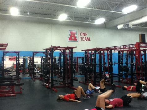 lake travis weight room high school weight rooms images frompo 1