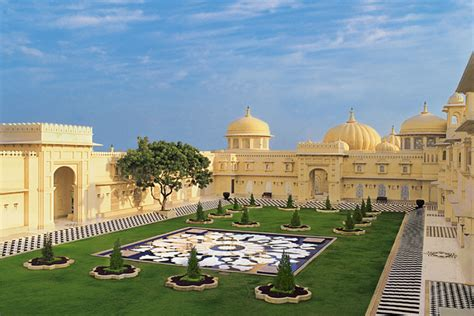 Udaipur as a Wedding Destination : This is where royal weddings happen!