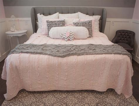 pink and grey girls bedroom pin by danielle hiscock on sierras new room pinterest