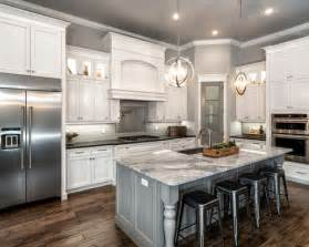 kitchen cabinets design ideas photos traditional kitchen design ideas remodel pictures houzz