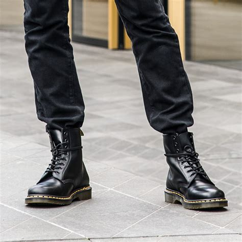 mens doc martin boots dr martens official site