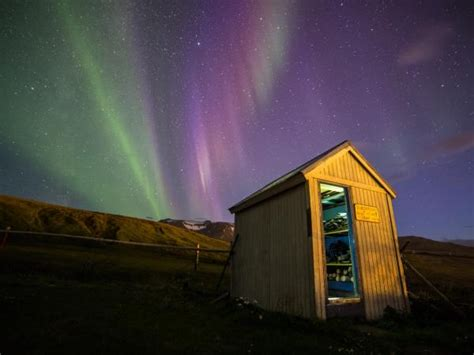 iceland northern lights vacation best to visit iceland iceland weather helping