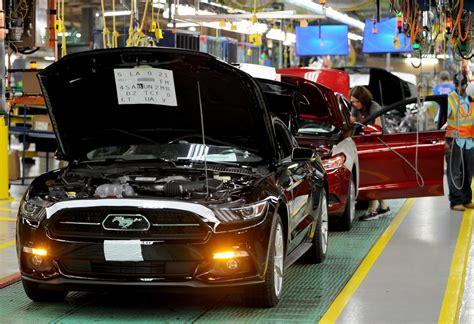 ford factory see how your 2015 ford mustang is built in the factory