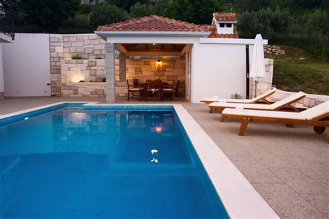 villa kuvacic updated 2019 4 bedroom villa in omis with air conditioning and access
