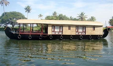 boat house stay in alleppey which is a good boat house in alleppey quora