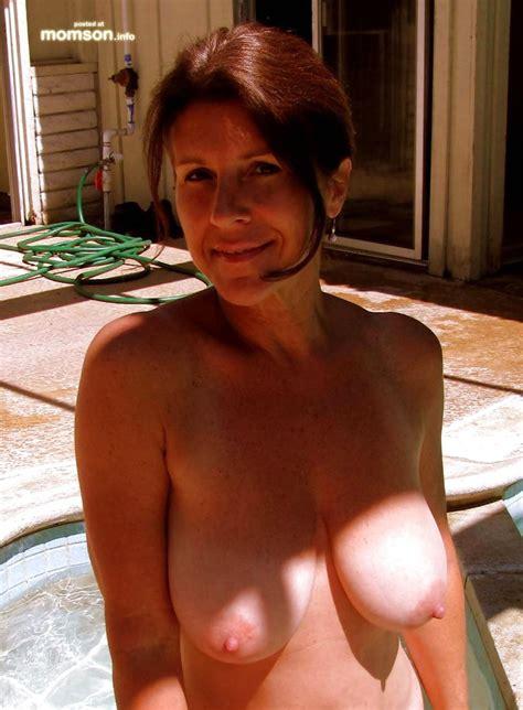 Big Naked Moms Image
