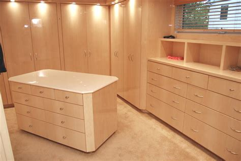 Custom Cabinets For Closets by Custom Walk In Closet Cabinets By Graber