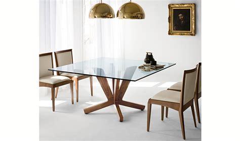 mesa de comedor cuadrada moderna goblin cattelan en