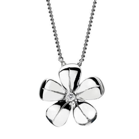 diamonds paradise petal silver pendant with 1