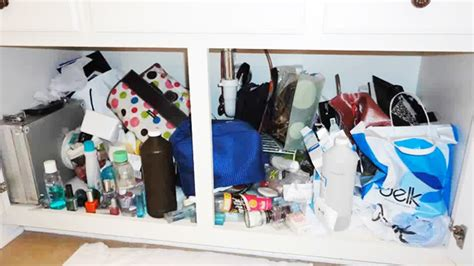 organizing my bathroom time lapse cleaning day organizing my bathroom cabinet youtube