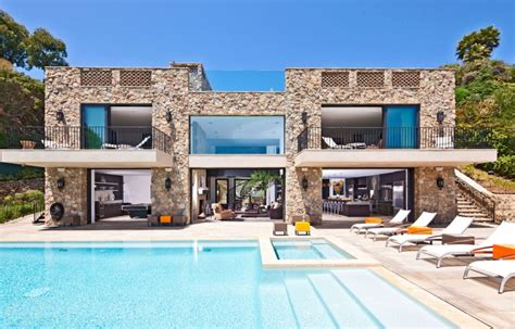 ultimately luxurious malibu house with spectacular
